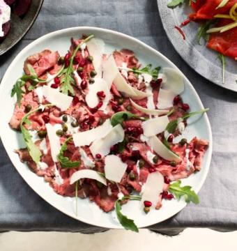 Voorgerecht: Carpaccio van rosbief (slagerij St. Pierre)